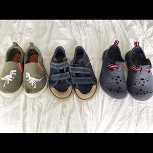 Lot of 3 size 8 toddler BOY shoes // Carter's